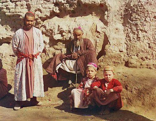Из серии ''Узбекские портреты''. Самарканд (фото начала ХХ века).