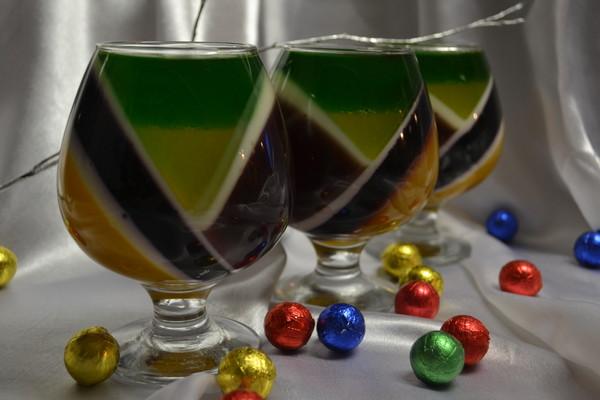 Разноцветное желе в стакане рецепт