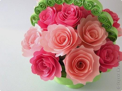 Как сделать такие цветы из бумаги