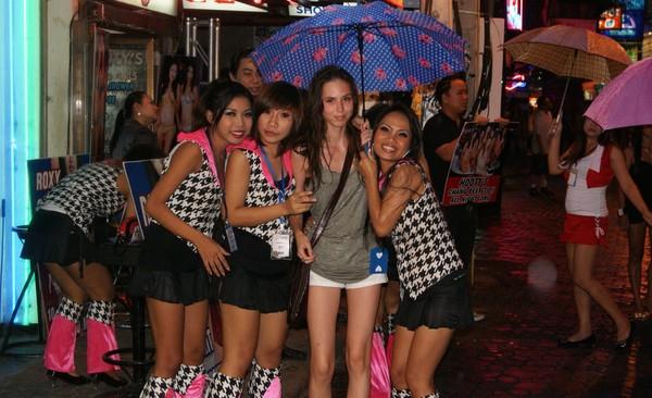 Тайские девушки и не девушки