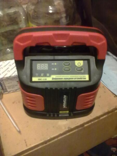 Электронное зарядное устройство I-94