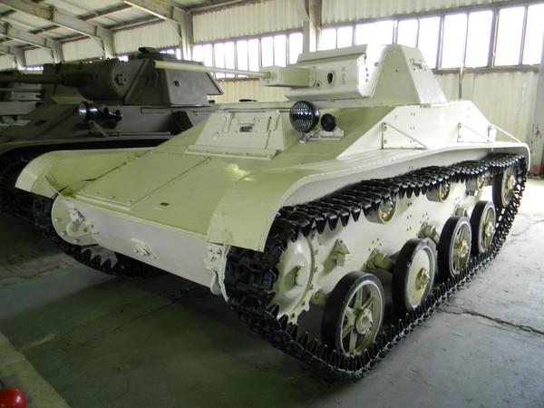 Танк Т-60 Танк Т-60 (Военно-исторический музей бронетанкового вооружения и техники в Кубинке)