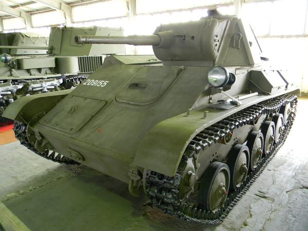 Лёгкий танк Т-70 (Центральный музей бронетанкового вооружения и техники в Кубинке)