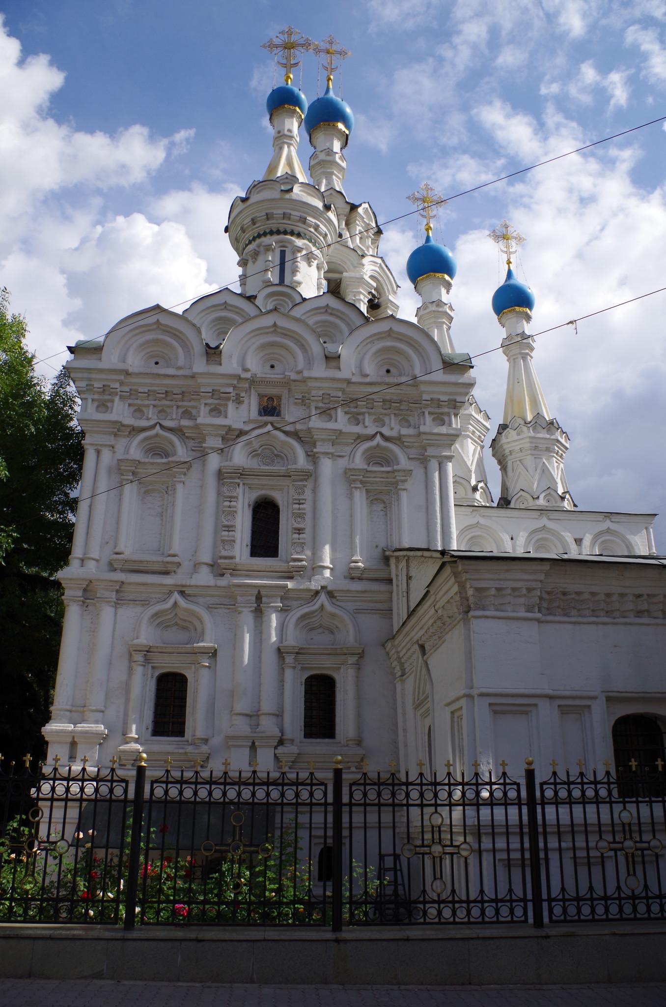 Храм Рождества Богородицы в Путинках