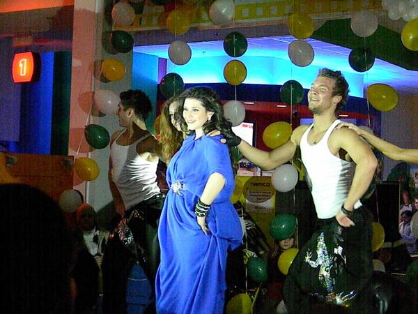 Песни и танцы от Жасмин
