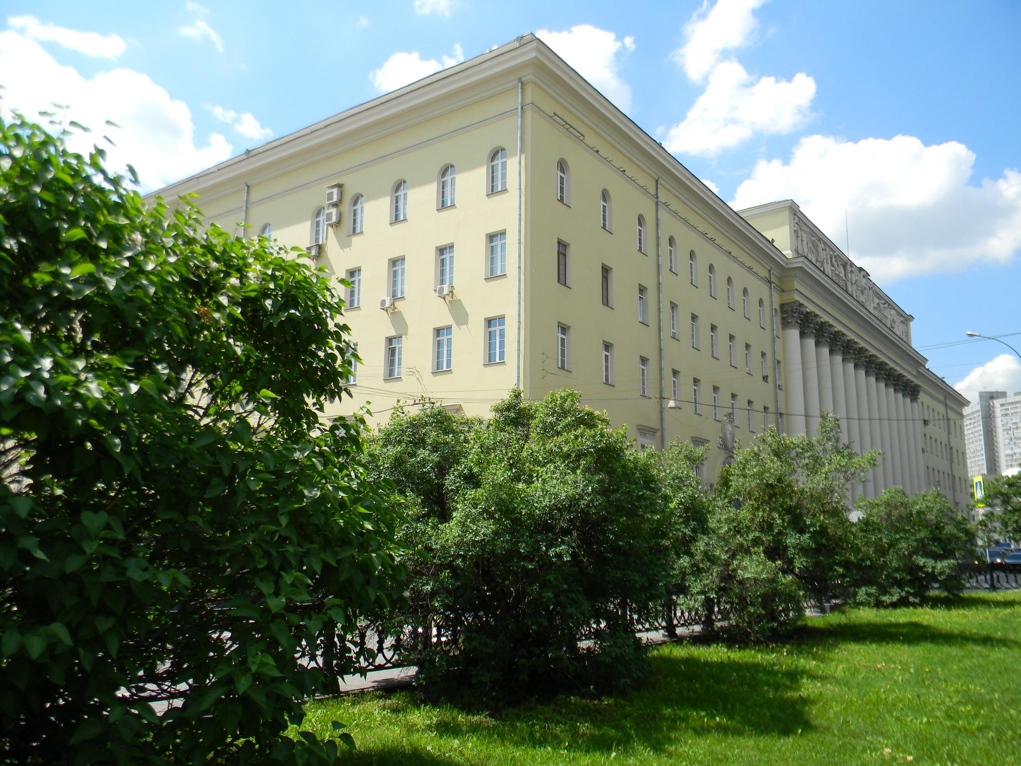 Улица Знаменка, дом 19