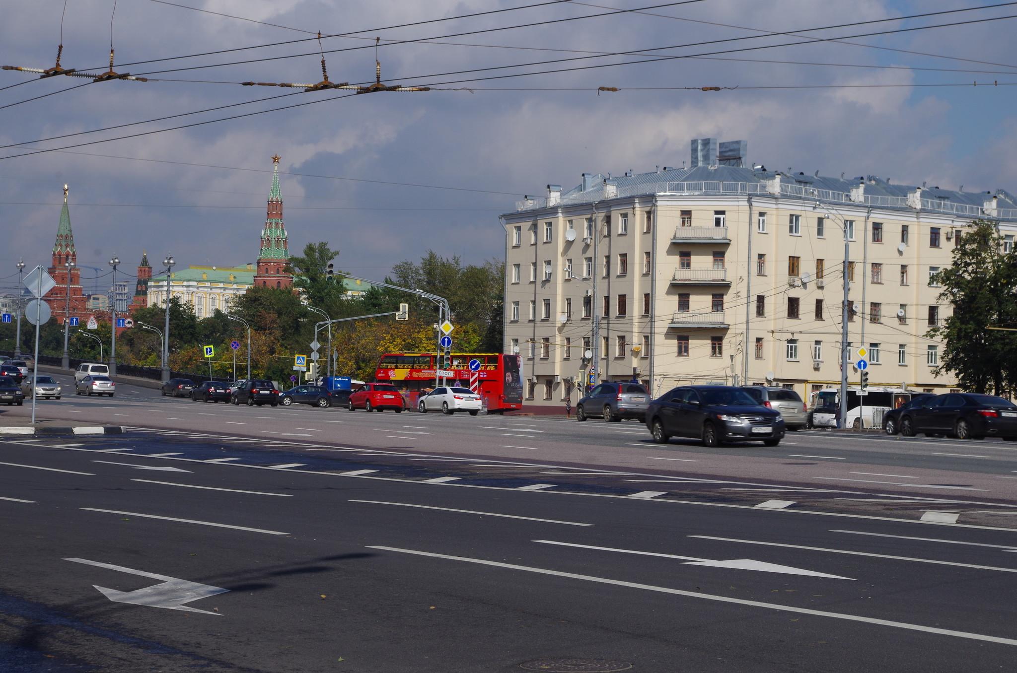 Улица Серафимовича