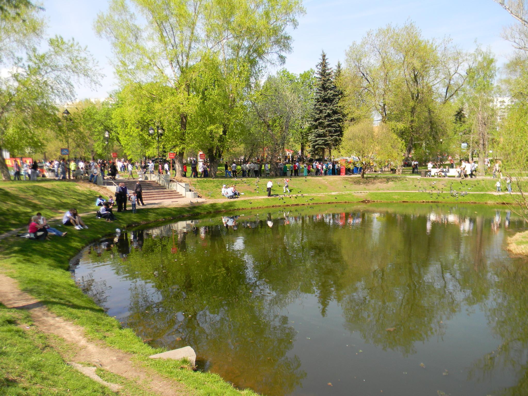 Пруд Екатерининского парка