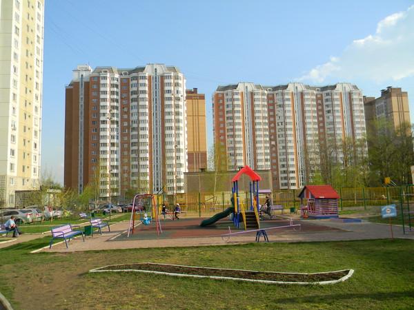 Детская площадка у дома 1, корпус 1 на 9-й Северной линии