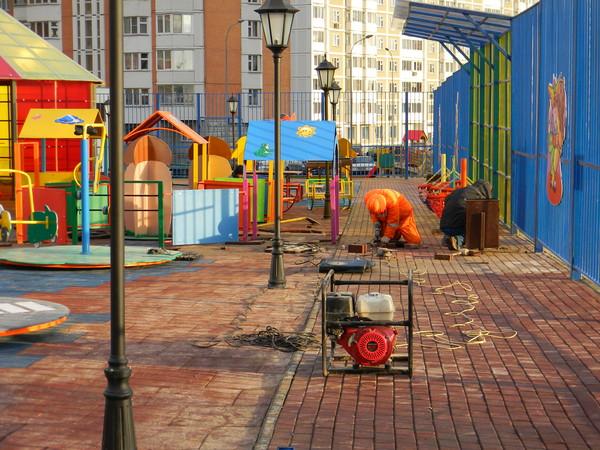 Площадка для детей-инвалидов в 1-м микрорайоне Северного