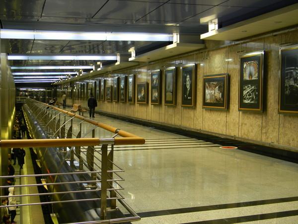 На снимках можно увидеть наиболее интересные моменты строительства метро
