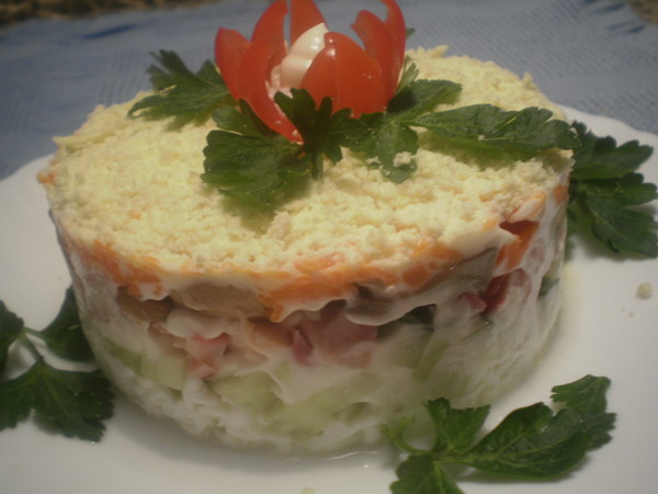 Салат курица картошка грибы огурец