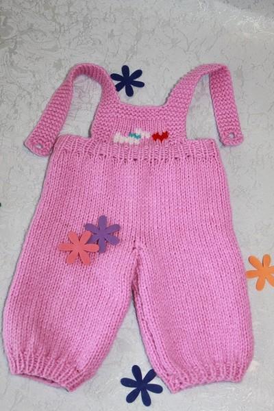 Вязание крючком штанишек для кукол 56