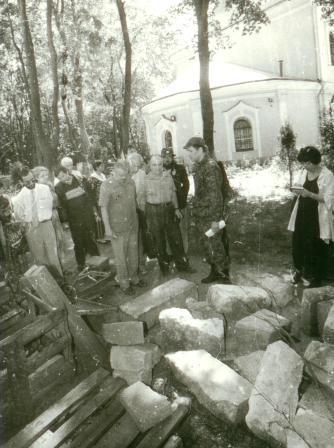 Кто и когда на самом деле осквернил и уничтожил некрополь Грузинских князей у Храма Всех Святых на Соколе в Москве. I-1029