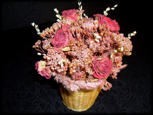 Из сухих роз своими руками фото