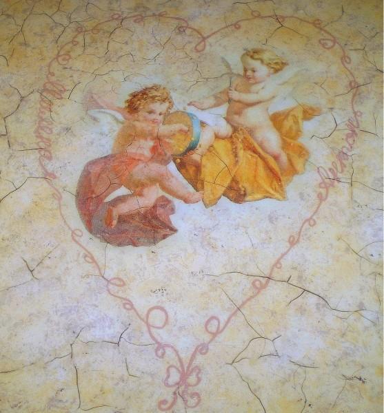 столик поднос Ангелы любви нежность