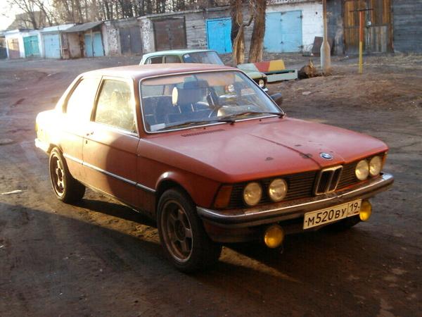 BMW 320/6 e21- красная акула