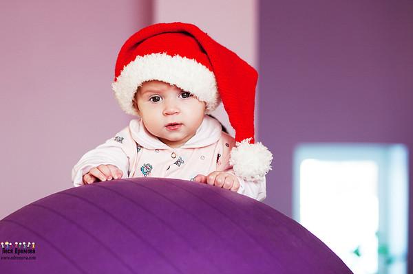 Новогодний колпачок для малыша