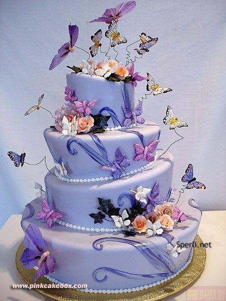 Поздровляем Маргаритку с первым днем рождения.  И дарим тортик.
