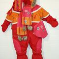 Верхние комбинезоны, пальто и термобелье из Дании и Канады для детей.
