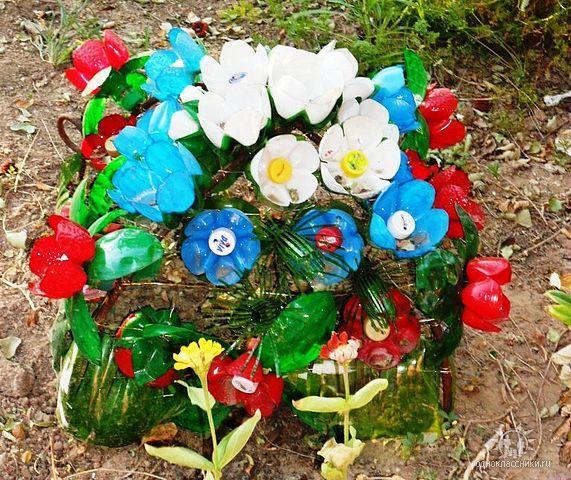 Фото цветов из пластиковых бутылок своими руками