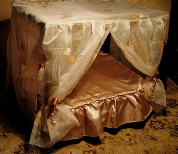 Как сделать балдахин для кукольной кровати