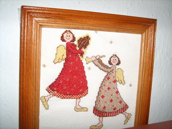 Вышивка - картины и подушечки