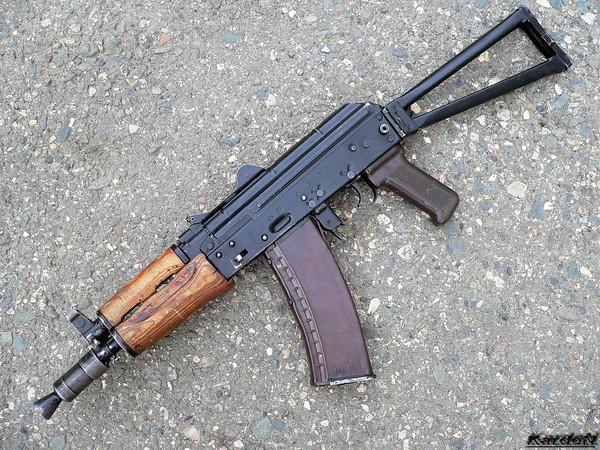 автомат Калашникова укороченный АКС-74У фото 1