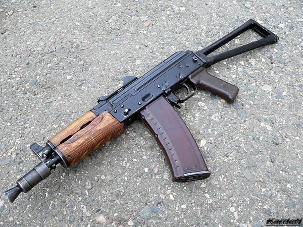 автомат Калашникова укороченный АКС-74У фото 2