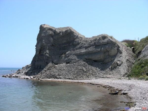 Велопоход по восточному Крыму - фотоотчет - Феодосия, голубая глина за эллингами на восток от портв