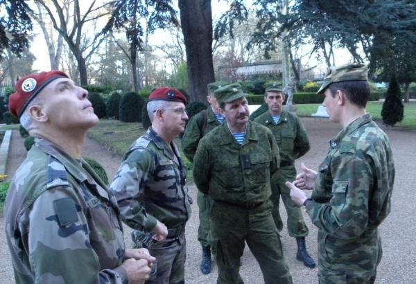 http://content.foto.mail.ru/mail/pressclub_mo/_blogs/i-130.jpg