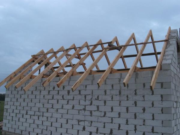 Как сделать крышу по деревянному перекрытию
