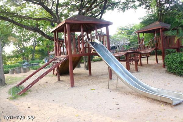 детские площадки в Тайланде