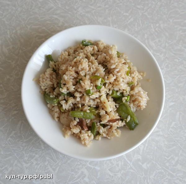 Рис с фасолью и грибами