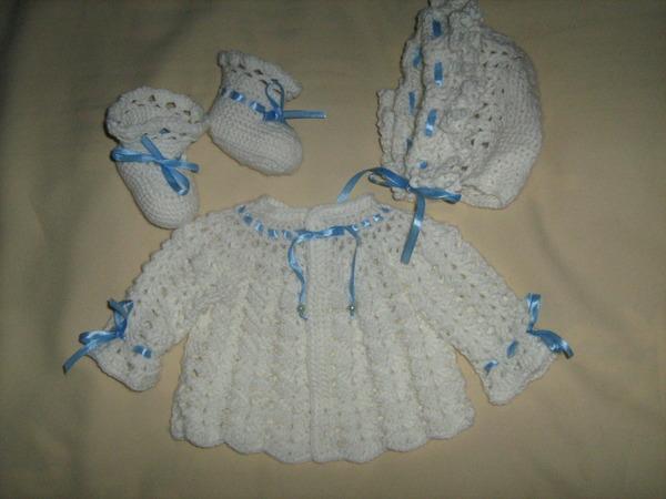 """На нашем сайте для девушек  """"Дамочка """" Вы в любой момент можете отыскать публикацию - вязание крючком на новорожденных..."""