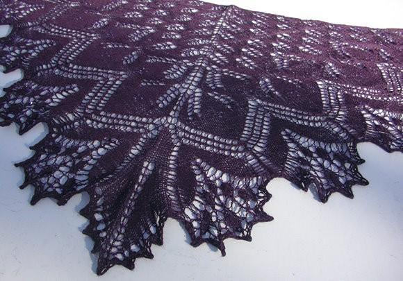 Изумительные шали - спицами.