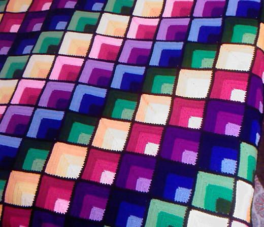 Плед из квадратов, связанных
