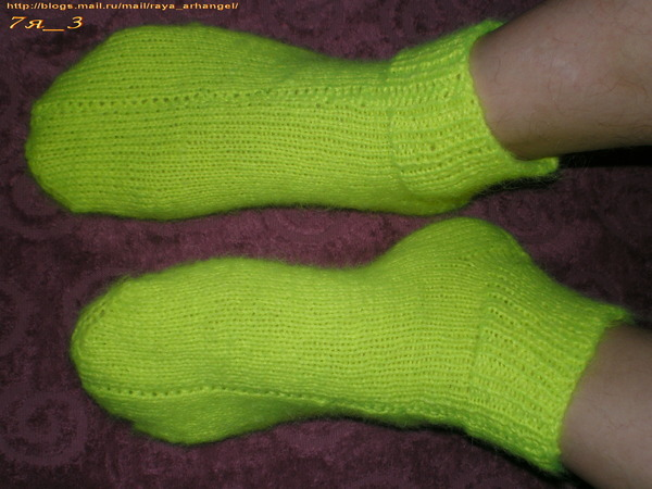 Носки, вязанные на двух спицах