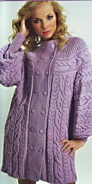 СПИЦАМИ Вязаное пальто с