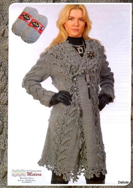 Вязаное пальто с английским