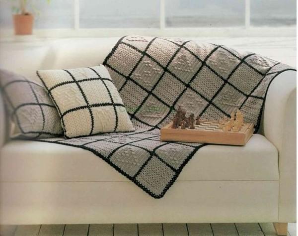 Как связать диванную подушку и плед крючком Схемы ЗДЕСЬ.