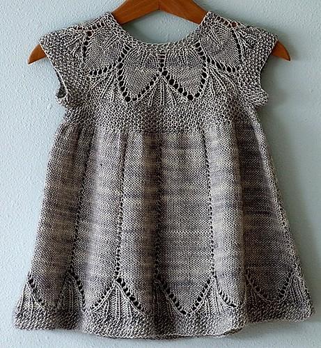 Платье для девочки на возраст