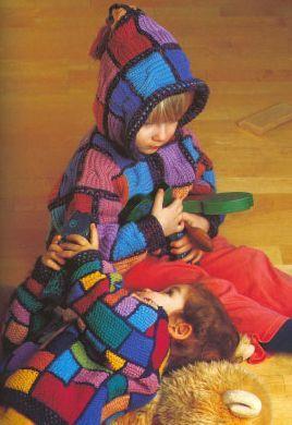 Как связать детскую курточку с капюшоном