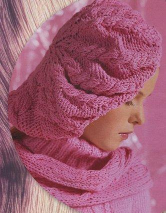 Берет, шарф и варежки спицами.