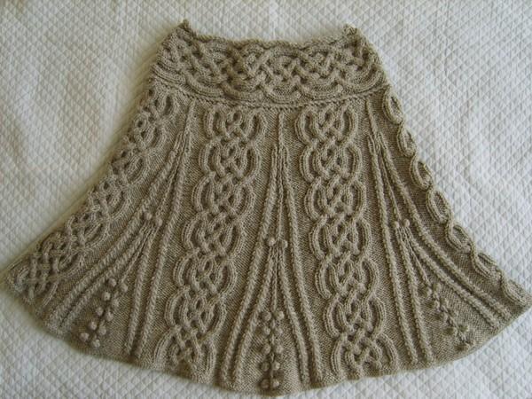 Платье с шикарными аранами.