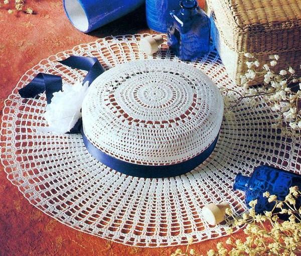 Вязание.  Шляпа DROPS, связана крючком из пряжи Eskimo.