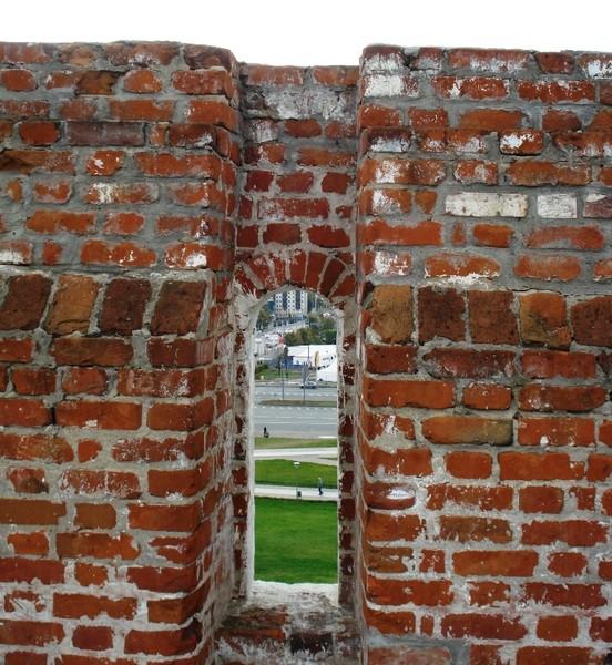 Амбразура в стенах крепости