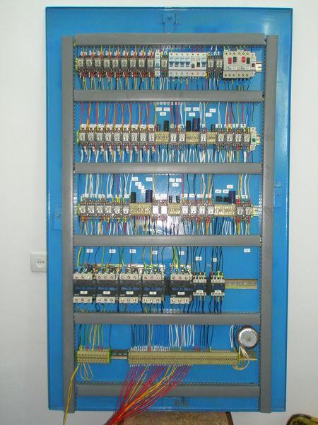 Фото и схемы станции управления лифтом на 9 остановок.