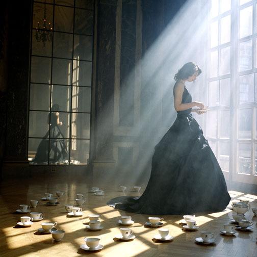 На мне королевское платье одно