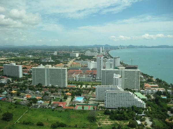Паттайя. Джамтьен. Вид с Pattaya Park Hotel.